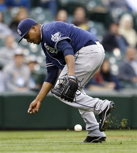 Volquez shuts down Seattle in Padres' 6-1 win