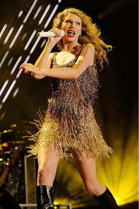 Taylor Swift CMA Music Fes