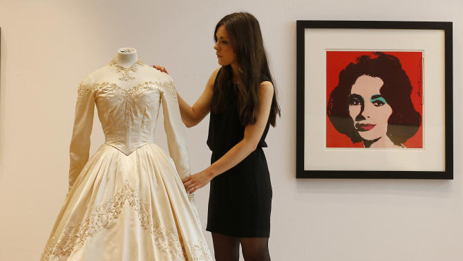 Liz Taylor's first wedding dress sells for $188K