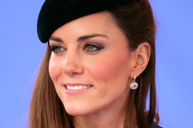Breite Augenbrauen: Kate Middleton tr&#xe4;gt dick auf (Bild: Getty Images)