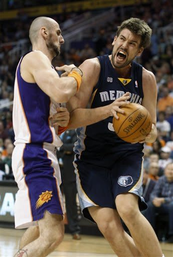 Dudley leads Suns to 98-91 win over Grizzlies