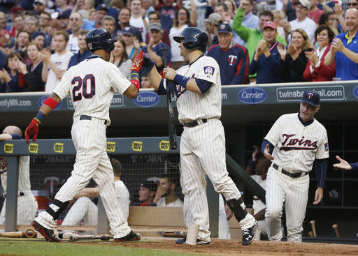 Twins' Rosario homers on 1st pitch of his career