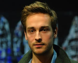 Pilot News: Sleepy Hollow Casts Ichabod Crane
