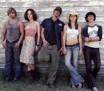 Mike Vogel , Erica Leerhsen , Eric Balfour , Jessica Biel and Jonathan Tucker in New Line's The Texas Chainsaw Massacre