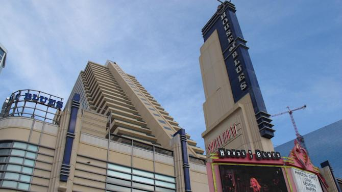 This Oct. 26, 2011 photo shows the Showboat Casino Hotel and its House of Blues nightclub in Atlantic City, N.J. A union official said on June 26, 2014 that a top executive of Showboat's parent company, Caesars Entertainment, revealed plans to issue notices to the casinos employees the next day warning that the Showboat could be shut down in 60 days. (AP Photo/Wayne Parry)