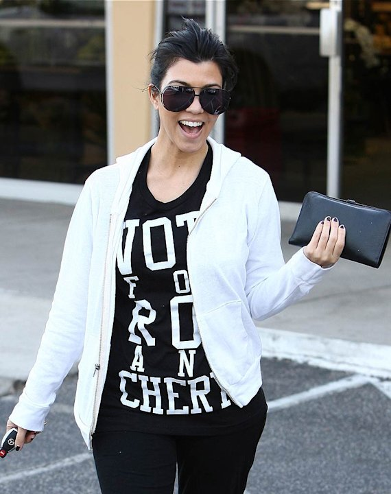 Kourtney Kardashian Shopping
