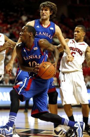 No. 10 Kansas overwhelms Texas Tech 81-46