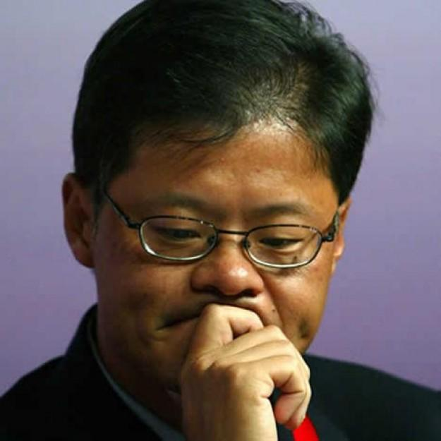 Yahoo! 'not for sale,' says co-founder Jerry Yang