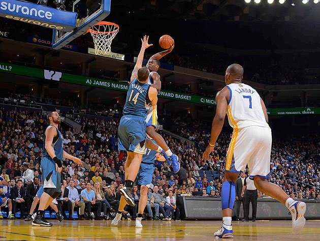 Harrison Barnes arrives with Dunk of the Year candidate on Niko…