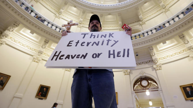 Thousands flock to Texas Capitol over abortion
