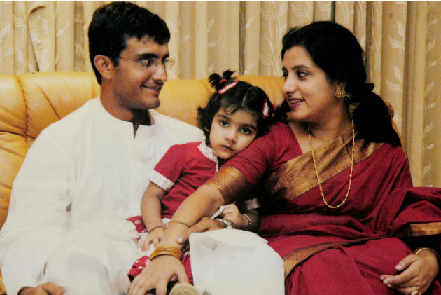 Dona Ganguly, Odissi dancer and wife of cricketer Sourav Ganguly with their daughter in Kolkata, West Bengal, India
