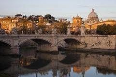 Italian economy shrinks for 8th consecutive quarter