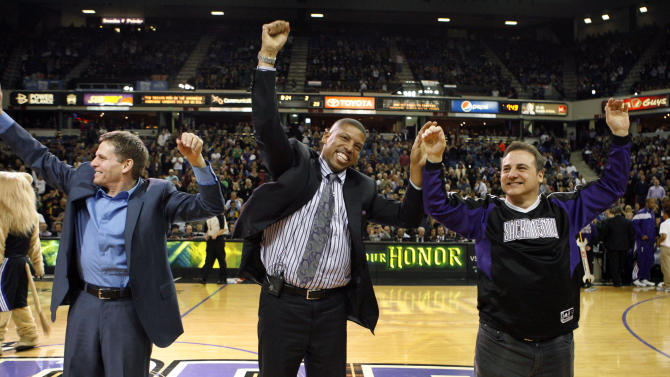 Sacramento, Seattle groups present to NBA owners