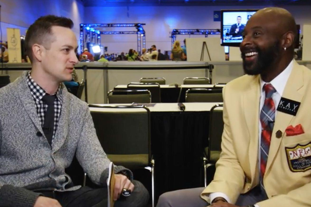 Jerry Rice reacts to being introduced as the 73rd-leading receiver in Seahawks history