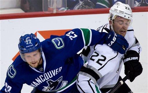 Canucks topple Kings with 5-2 victory