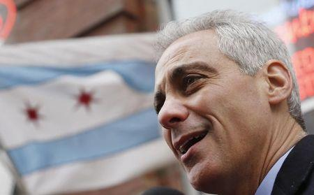 School protests hijack Chicago mayor's budget forum
