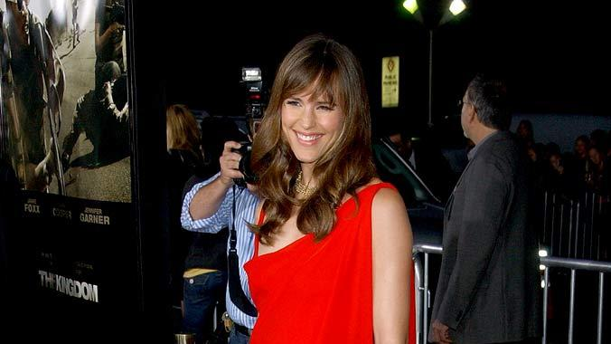 "Jennifer Garner arrives at ""The Kingdom"" premiere at the Mann's Village Theatre."