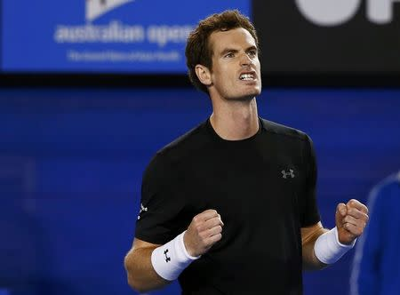 Murray avenges Dimitrov loss to advance in Melbourne