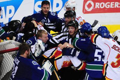 Canucks vs. Flames, 2015 NHL playoffs results: Vancouver evens series with 4-1 win