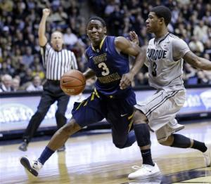 Purdue rolls to 79-52 win over West Virginia