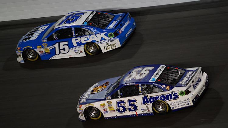 Clint Bowyer spins boss, but both get top-fives