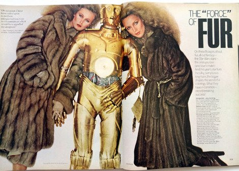 C-3PO posing in a fashion magazine... yep