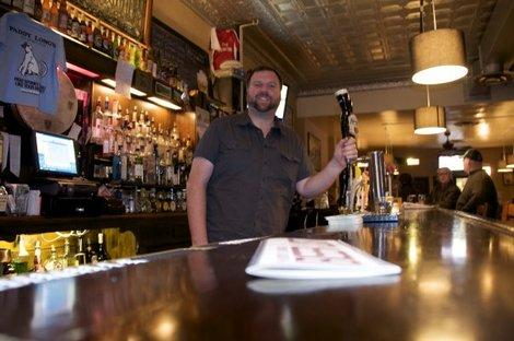 "Popular Lincoln Park Pub Hosts Beer, Bacon Tastings, And a ""Bomb"" Food Challenge"