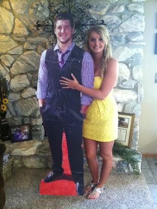 Rachel Bird with her Tim Tebow cutout &#x002014; Twitter