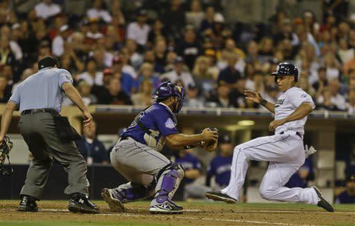 Stults has 4-hitter, Padres top Rockies, 2-1