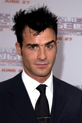 Premiere: Justin Theroux at the LA premiere of Columbia's Charlie's Angels: Full Throttle - 6/18/2003