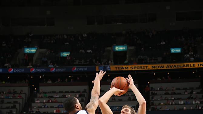 Nowitzki has 26 to lead Mavs past Grizzlies 110-96