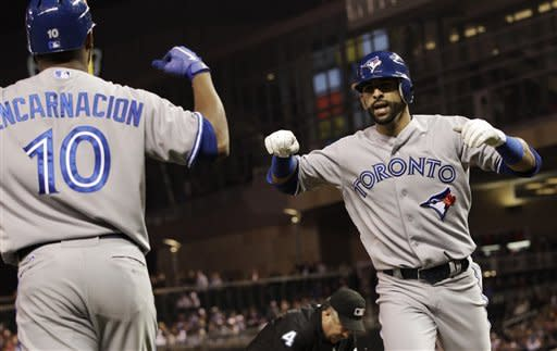 Twins overcome Bautista's 2 HRs to beat Blue Jays