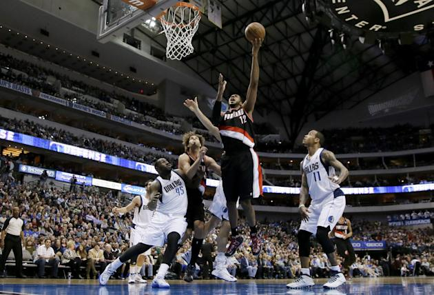 Aldridge, Blazers run past Mavs, win streak at 5