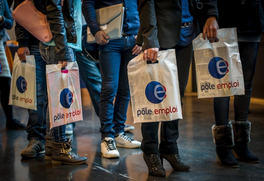 French jobless number hits new record in March