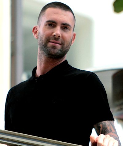 PIC: Maroon 5's Adam Levine Shaves His Head!