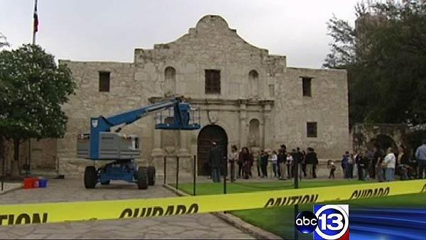 Police investigating possible theft at Alamo