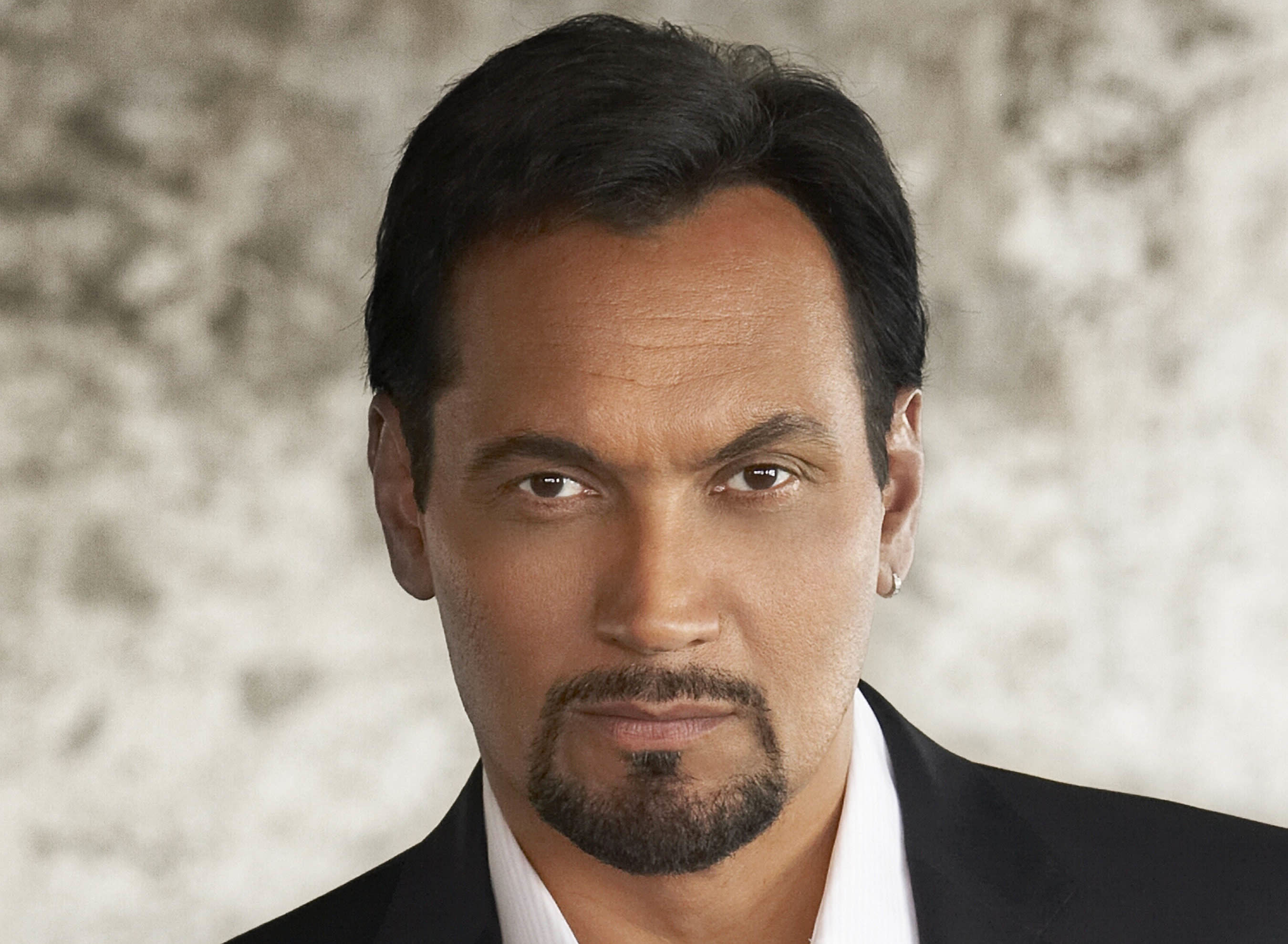 Jimmy Smits To Star In Baz Luhrmann's Netflix Music Drama 'The Get Down'