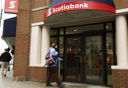 A customer walks into the Scotiabank on Spring Garden road in Halifax, Nova Scotia, March 3, 2009. REUTERS/Paul Darrow