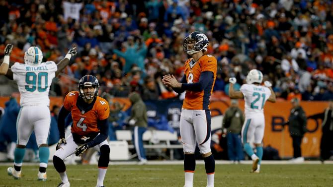 Broncos bringing in kicker Feely for tryout