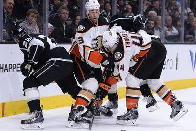 NHL schedule 2015: Kings, Ducks meet for Pacific Division clash