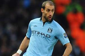 Zabaleta signs new Manchester City deal until 2017