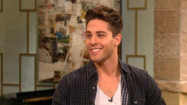 Dean Geyer Talks Getting Intimate With Kate Hudson On Glee  -- Access Hollywood