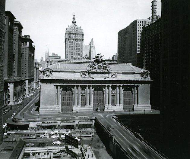 Grand Central 100