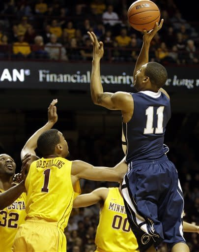 Minnesota blows out Penn State 73-44