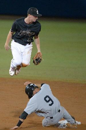 Boykin powers Charleston past Long Beach St. 6-3