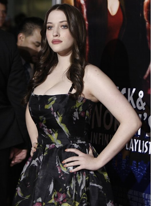 Casting agents urged Kat Dennings to lose weight, get a tan and fix her teeth. She told them thanks, but no thanks and is now starring as Max Black in CBS's breakout hit '2 Broke Girls.'