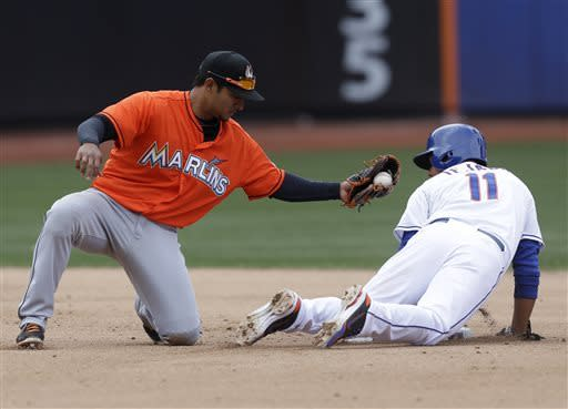 Byrd's single in 9th lifts Mets over Marlins 4-3