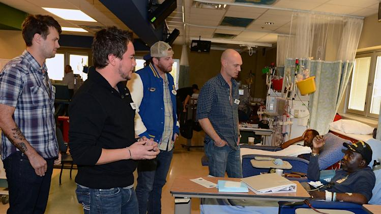 Eli Young Band Visit VA Tennessee Valley Healthcare System's Nashville Campus For Musicians On Call & Nokia Music