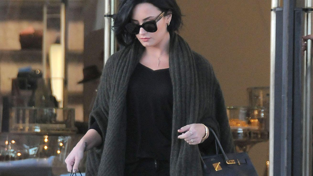 Where Demi Lovato Snuck in Some Shopping in Beverly Hills