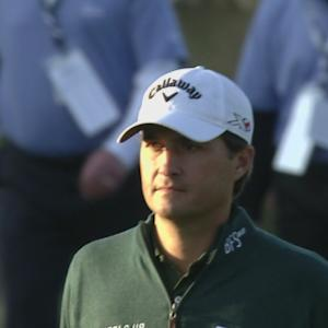 Kevin Kisner drains a 31-foot birdie putt for the Shot of the Day